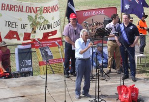 Bob Hawke addressing the crowd